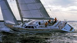 1999 Baltic 73 Pilot House