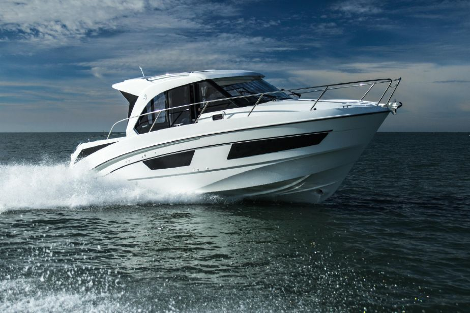 2019 Beneteau Antares 9 Power Boat For Sale Www Yachtworld Com