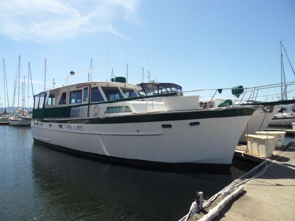 Considering older hatteras 1966 flushdeck motor yacht for 50 ft motor yachts for sale