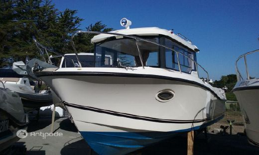 2015 Quicksilver 755 Pilothouse