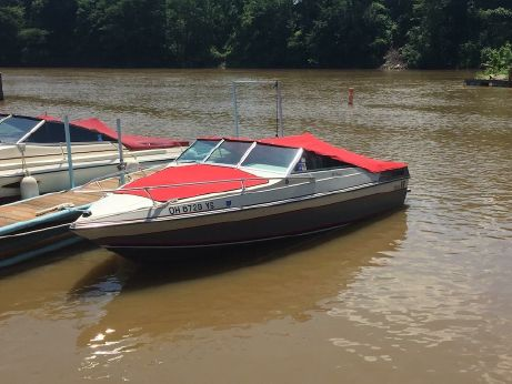 1987 Wellcraft 190 Bow Rider
