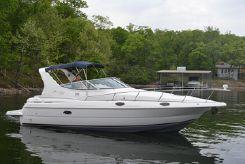 1999 Cruisers Yachts 3075 Express