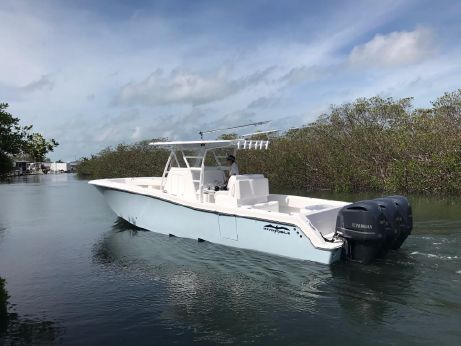 2018 Invincible 36 Open
