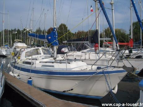 1979 Marine Projects Moody 33 MK2