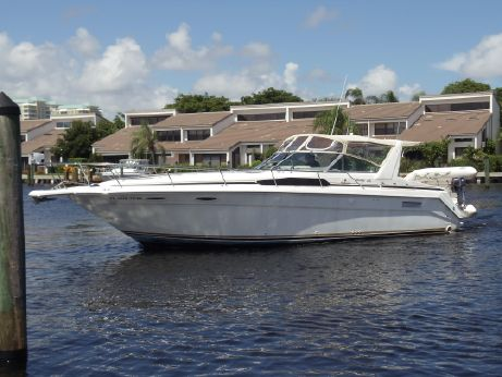 1991 Sea Ray 370 Express Cruiser