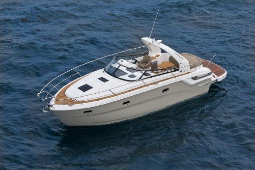 2015 Bavaria Motor Boats 32 Sport