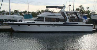 1990 Hi-Star Cockpit Motor yacht