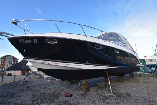 2008 Rinker 370 Express Cruiser
