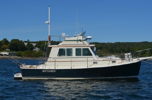 1988 Blue Seas Flybridge Cruiser (Hull#17)