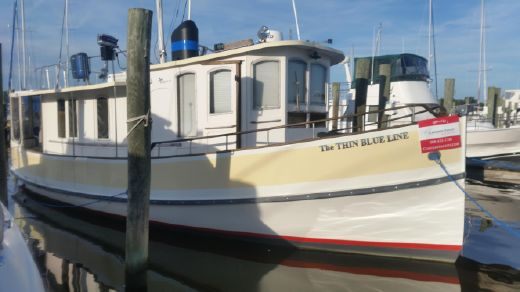 1984 Pilgrim North Castle efficient Trawler Pilothouse