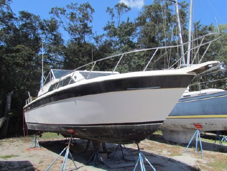 1985 Chris Craft 281 Catalina Express