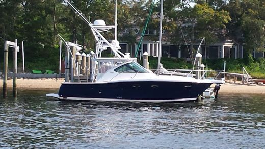 2004 Tiara 3200 Open with Tower