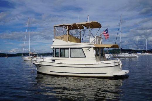 2000 Camano Trawler 31
