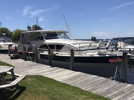 1979 Chris-Craft Commander