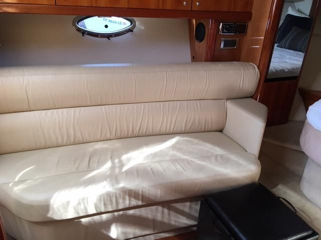 Sunseeker 37 Sportfisher Salon Sofa