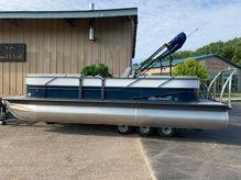 2019 Misty Harbor BB-2285CU Tri-Toon