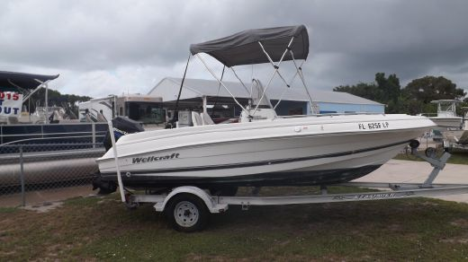 2001 Wellcraft 180 Fisherman