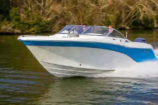 2017 Sea Fox 226 Traveler