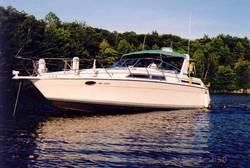 1991 Four Winns 365 Express Cruiser