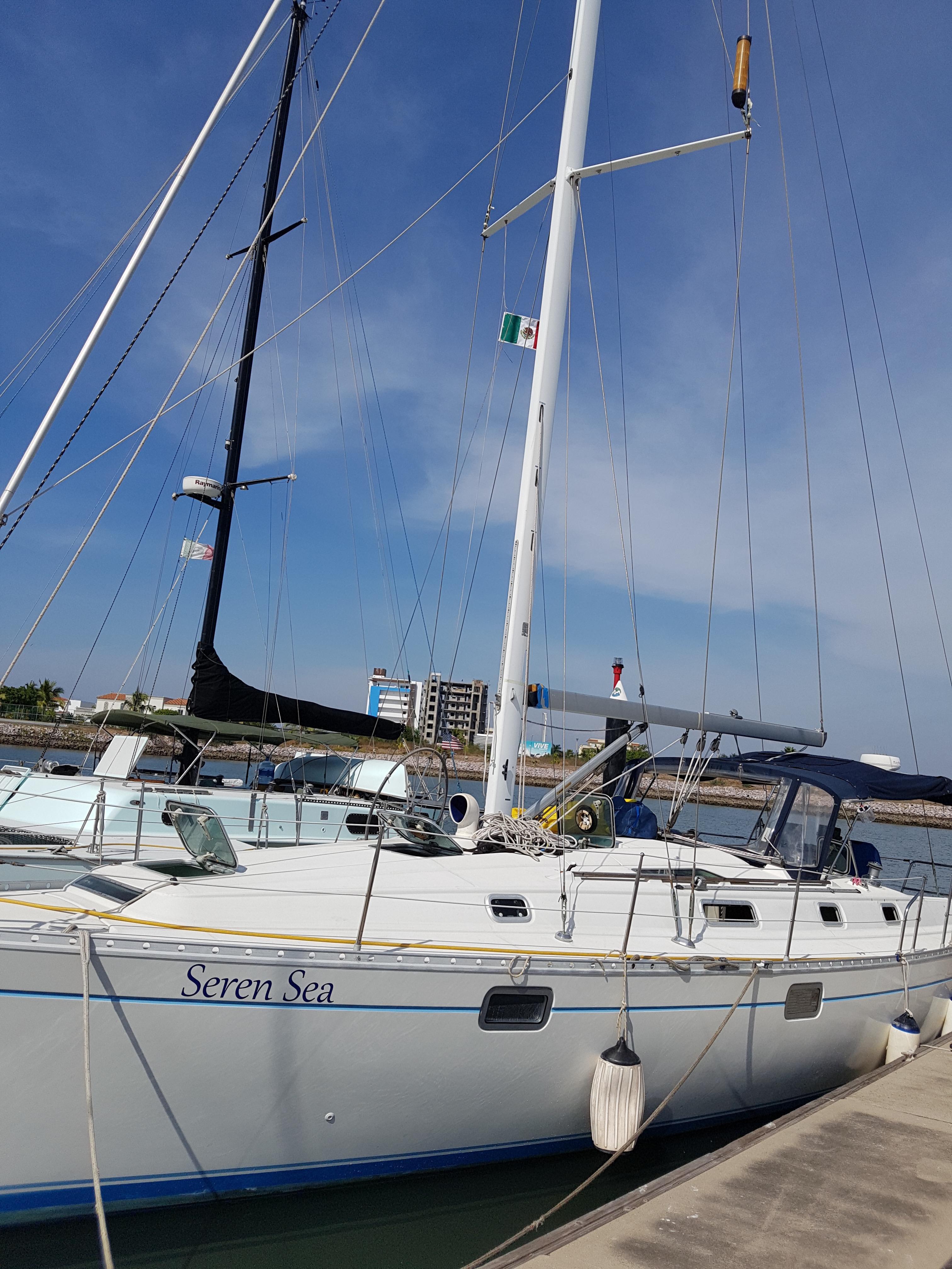 40' Beneteau Oceanis 400+Photo 3