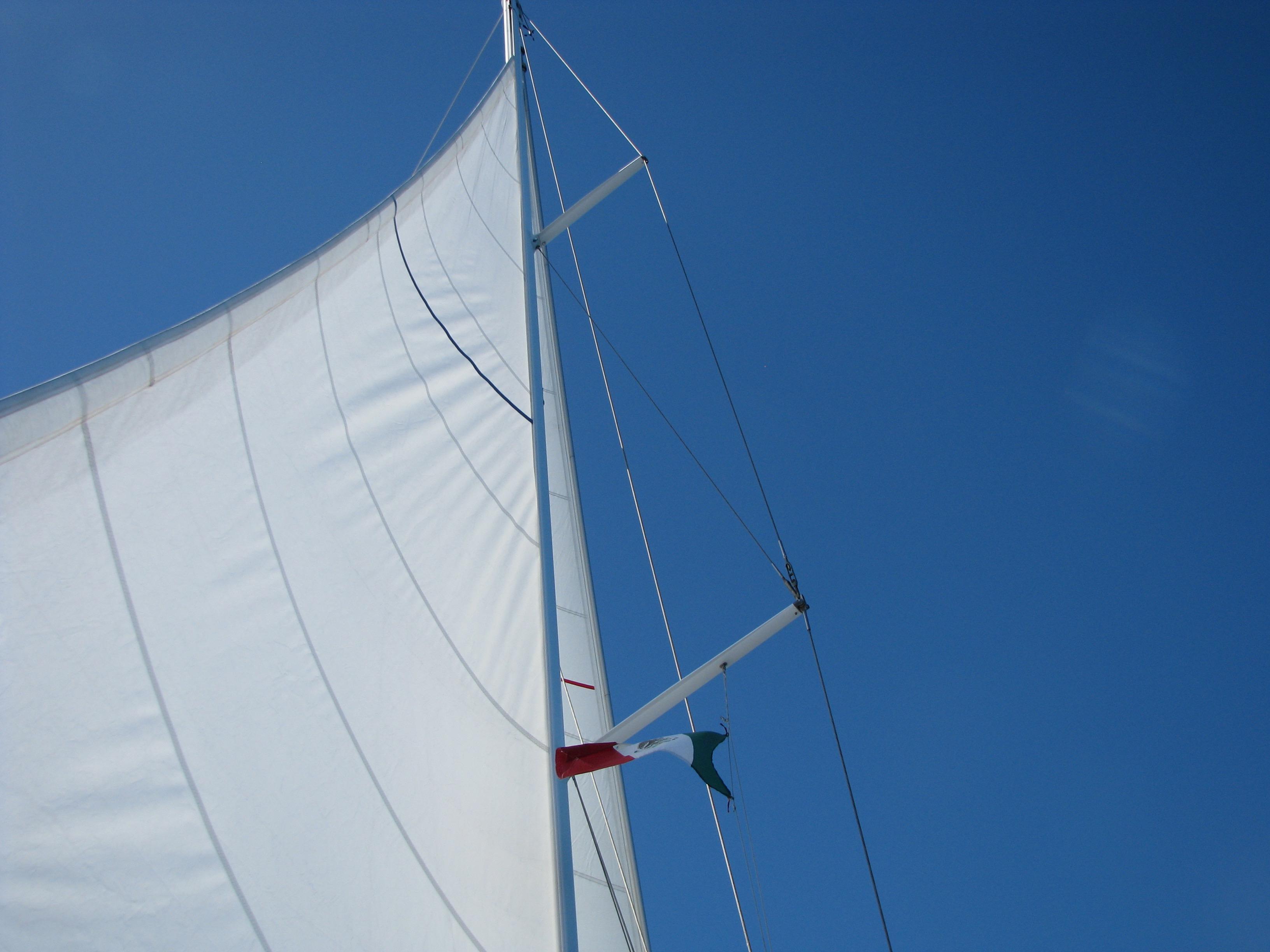 40' Beneteau Oceanis 400+Photo 7