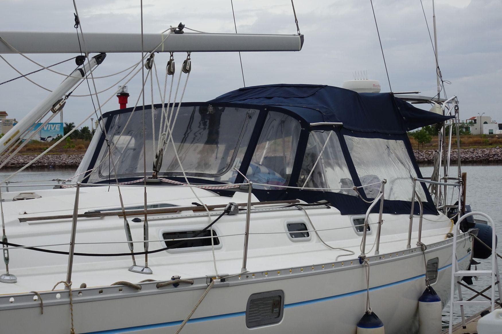 40' Beneteau Oceanis 400+Photo 54