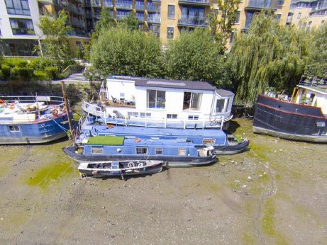 1920 Houseboat 60ft with three London moorings