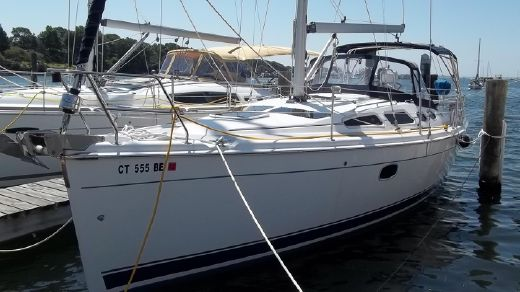2008 Hunter 36 Furling Mast