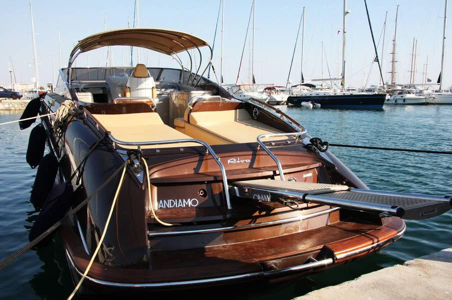 2004 riva rivarama power boat for sale