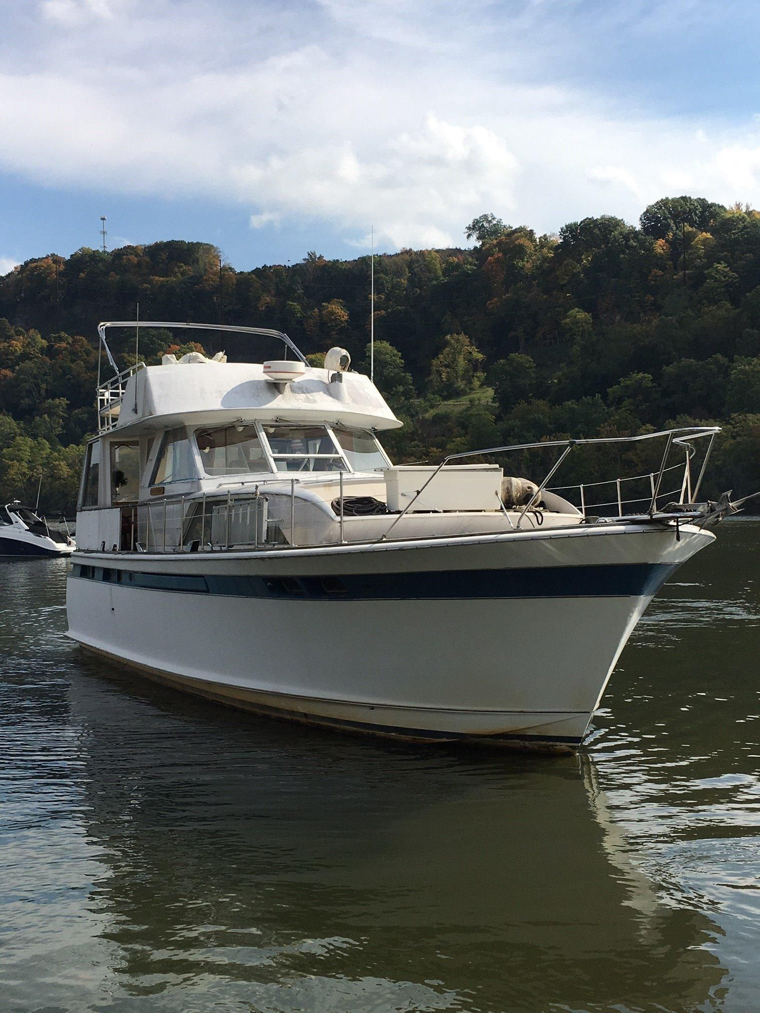1975 Chris Craft 47 Commander Power Boat For Sale Www Yachtworld Com