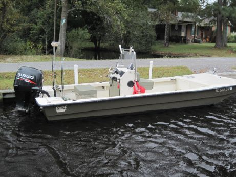 2011 Fishbone 20ft Skiff