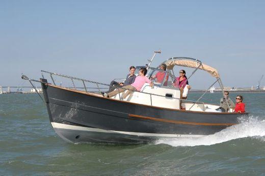 2016 Rhea Marine 750 open