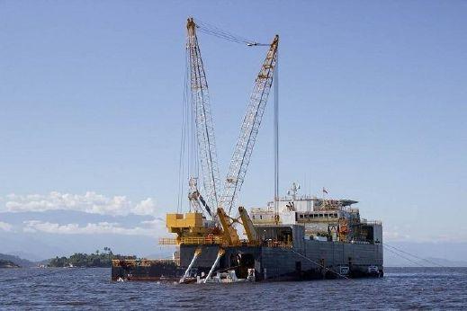 2014 Shallow Water Pipe Laying Barge - 159 Man Flotel - 250 ton Crane