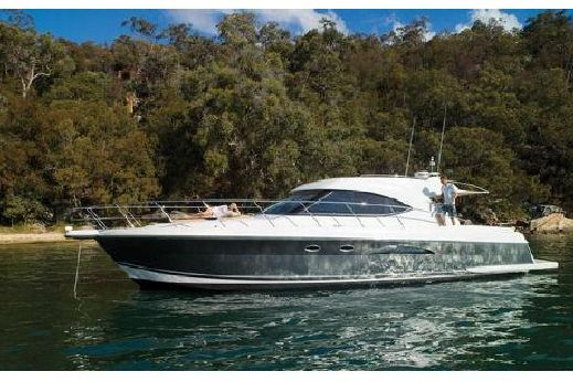 2011 Riviera 5000 Sport Yacht