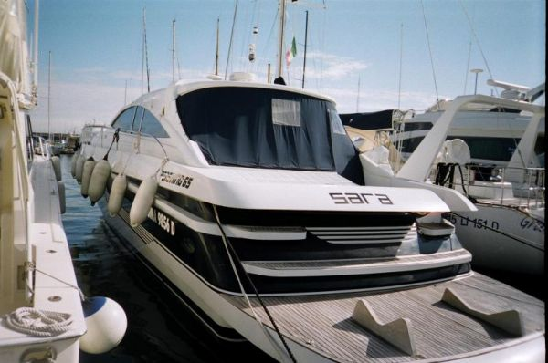 Pershing 65' Hard Top Type Motor. Excellent high performance yacht (46 knots ...