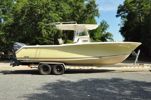2007 Sea Hunt Triton 290 LOW HOURS