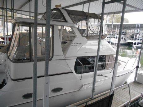 1999 Carver 356 Motor Yacht