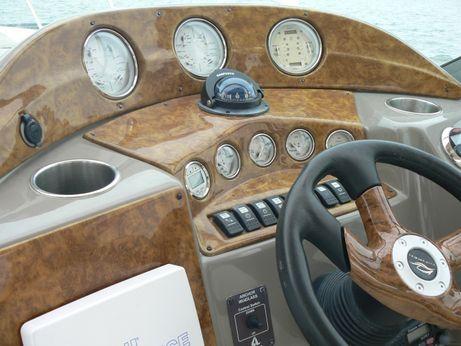 2006 Rinker 320