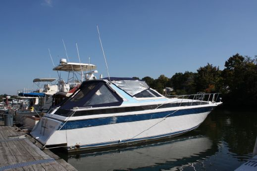 1988 Chris Craft 412 Amerosport