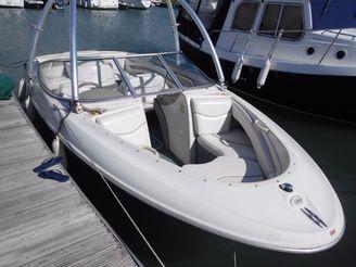 2000 Bayliner 2050 Capri