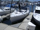 photo of 37' Hunter 376