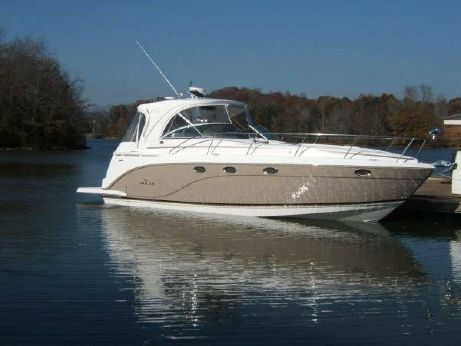 2007 Rinker 400 Express Cruiser