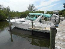 1992 Sea Ray 330 Express