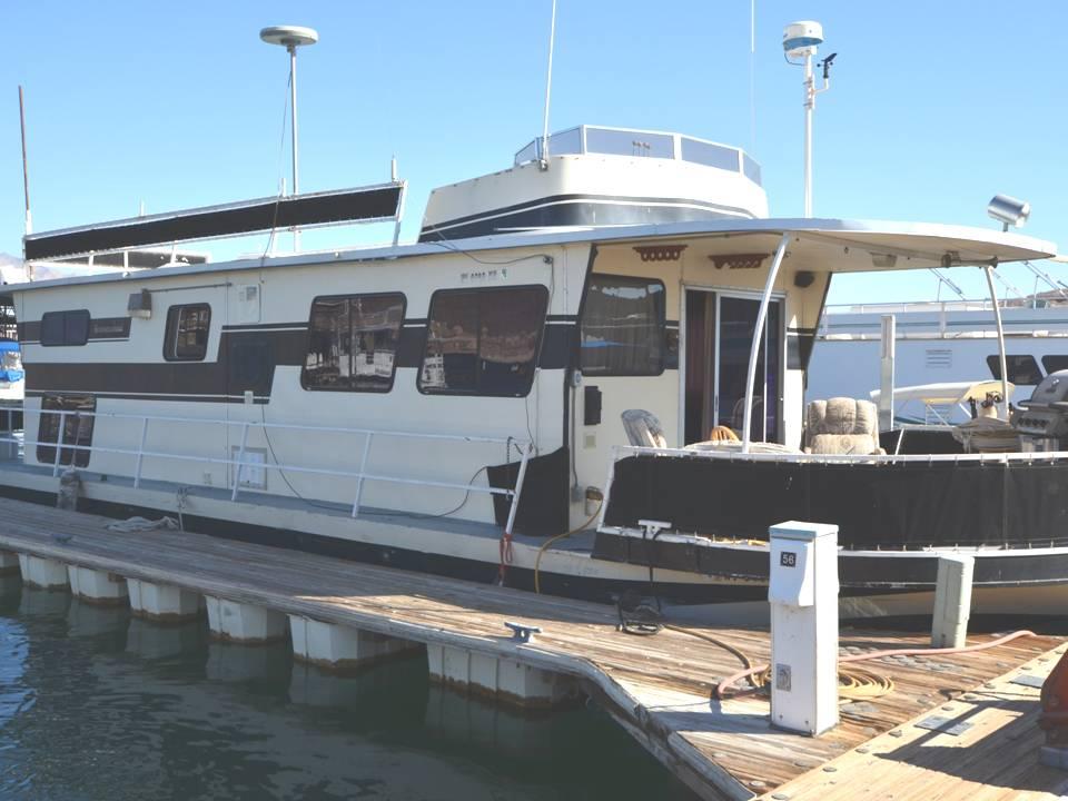47 ft 1982 skipperliner houseboat