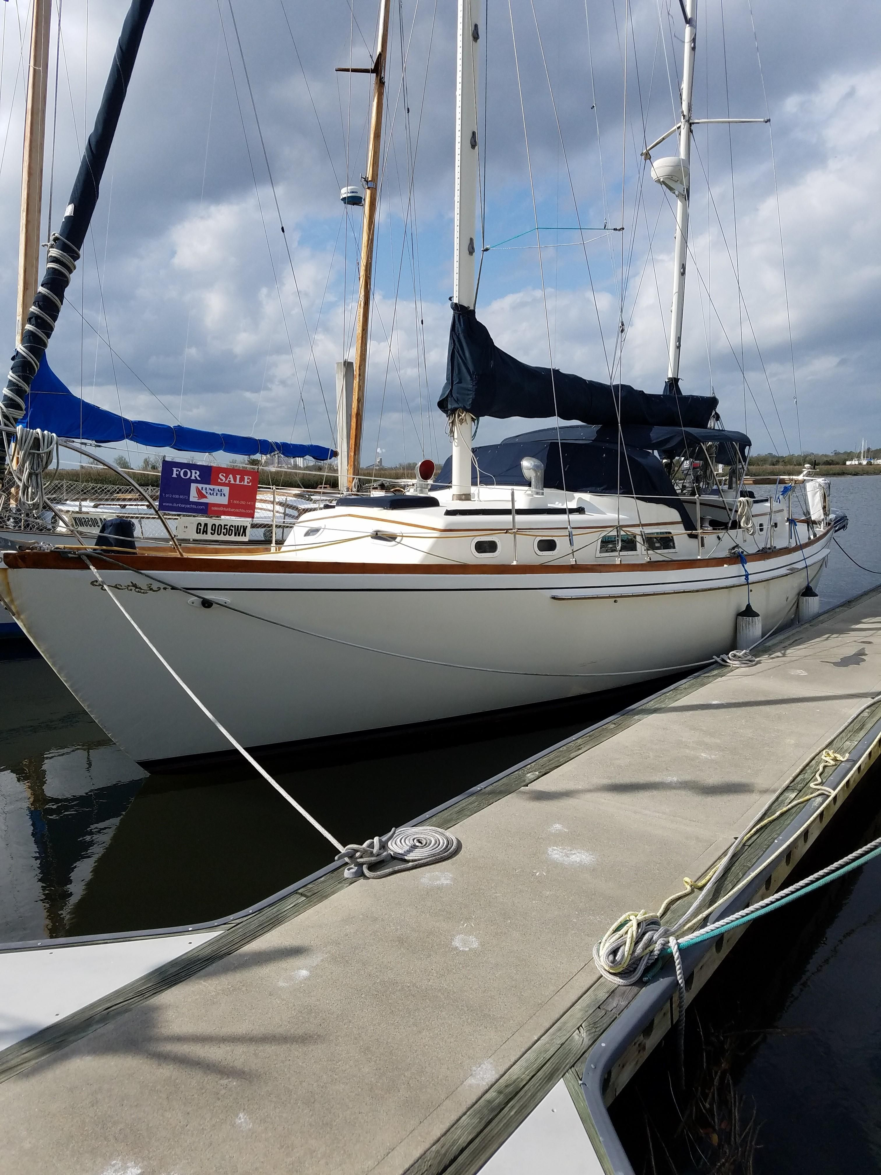 1974 Cheoy Lee Midshipman Sail Boat For Sale
