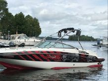 2009 Rinker 248 Deckboat with Tower