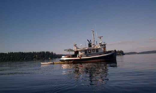 1942 Mckinzie Barge Tug