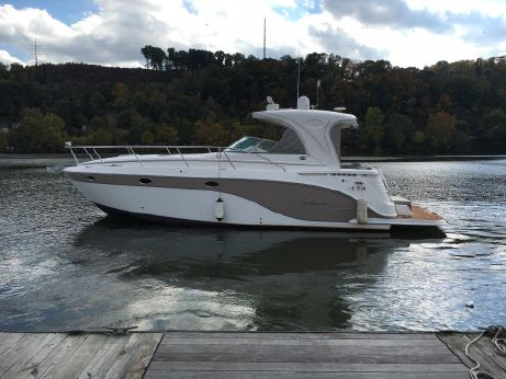 2010 Rinker 400 Express Cruiser