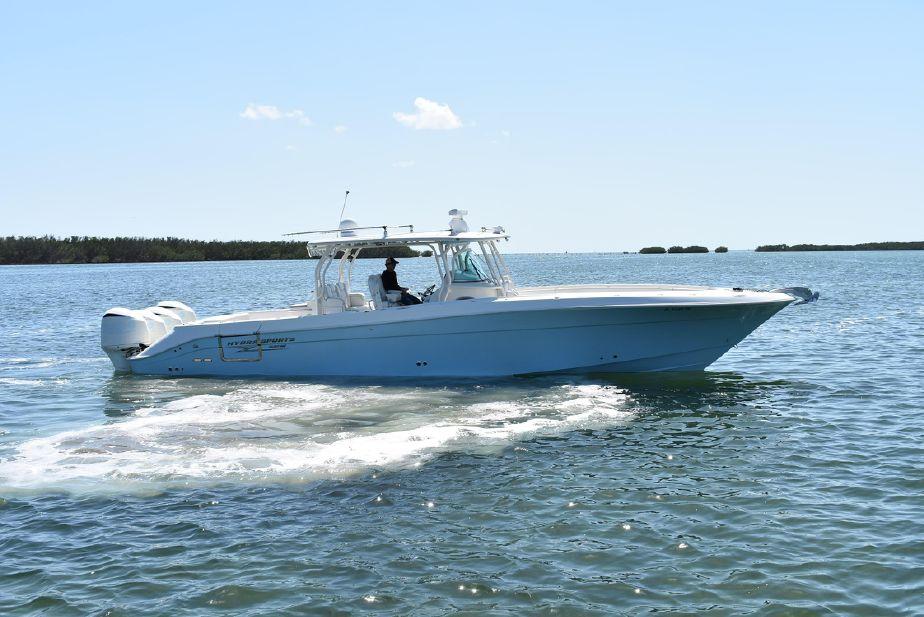 2014 Hydra-Sports 4200 SF Power Boat For Sale - www.yachtworld.com