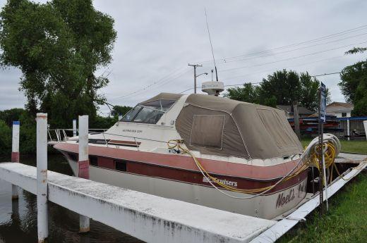 1984 Cruisers 336 Ultra Vee